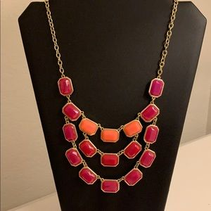 NWOT Fushia and coral necklace